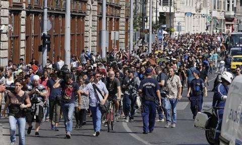 Η Σένγκεν καταρρέει, η Ευρώπη διχάζεται και οι πρόσφυγες συνεχίζουν να έρχονται