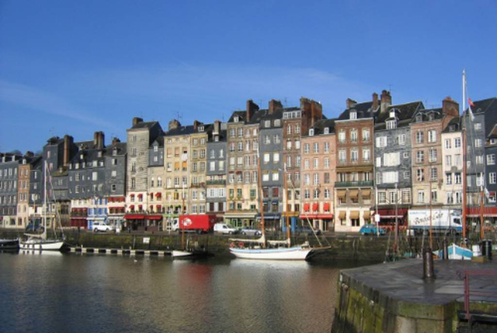 Caen στις νορμανδικές ακτές για σινεφίλ ψυχές