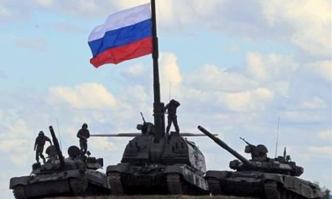 Ρωσία: Ξεκίνησαν οι μεγαλύτερες στρατιωτικές ασκήσεις του έτους