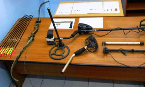 Εύβοια: Σύλληψη 55χρονου για κατοχή αρχαίων και οπλοκατοχή