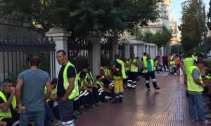 Συγκέντρωση μεταλλωρύχων έξω από το ΣτΕ (photos - video)