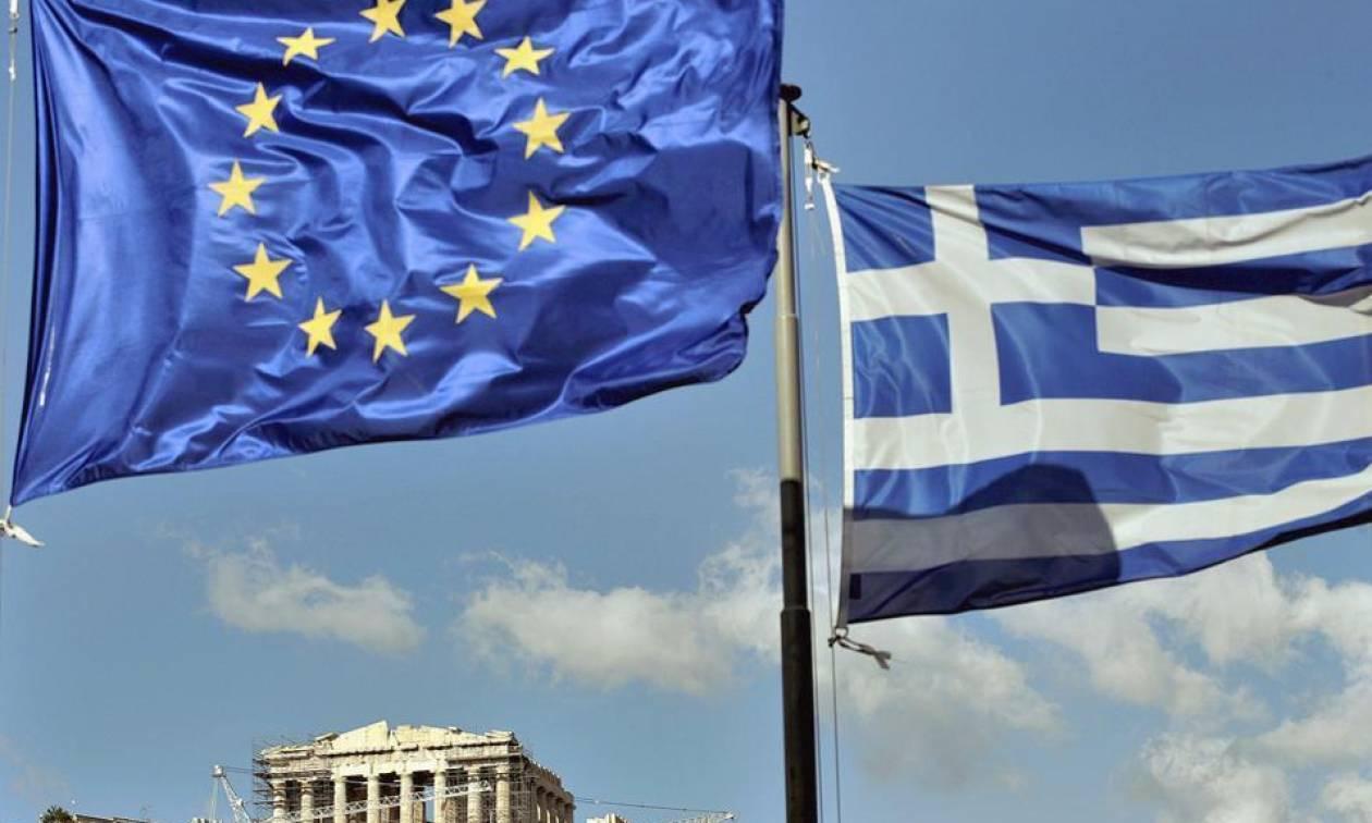 Bloomberg: Πολύ πιθανή η ελάφρυνση του ελληνικού χρέους