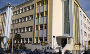 Θεσσαλονίκη: Διαρρήκτες αφαίρεσαν υπολογιστές και προτζέκτορες από το 15ο ΕΠΑΛ στον «Ευκλείδη»