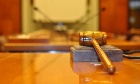 Εισαγγελέας ζητεί την παραπομπή τριών Διευθυντών Εξοπλισμών του υπουργείου Άμυνας
