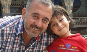 Η τρικλοποδιά της εικονολήπτριας βρήκε… δουλειά στον Σύριο πρόσφυγα