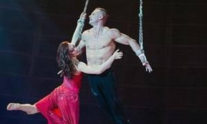 Τρομακτικό ατύχημα σε τσίρκο: Ακροβάτισσα έπεσε στο κενό! (video)
