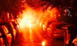 «Βροχή» οι μολότοφ στα Εξάρχεια - Τραυματίστηκε αστυνομικός