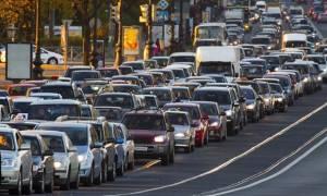 Τουλάχιστον 3,5 εκατ. τα οχήματα που δεν έχουν περάσει τεχνικό έλεγχο σύμφωνα με τα ιδιωτικά ΚΤΕΟ