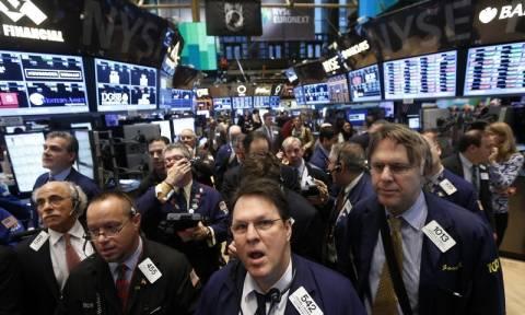Με μικτές τάσεις «απάντησε» η Wall Street στις αποφάσεις της Fed