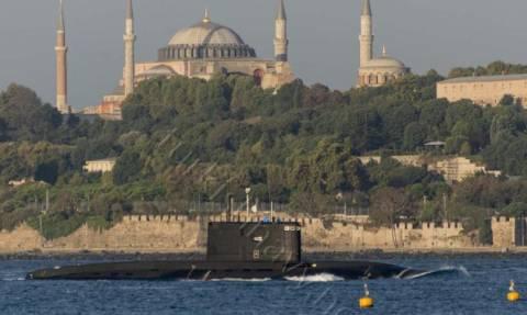 Το Ρωσικό Υποβρύχιο «Φάντασμα» περνά μπροστά απο την Αγιά Σοφιά! (pics)