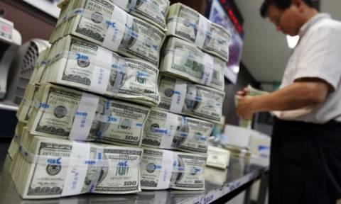 Το φθηνό χρήμα δεν φθάνει για να επιστρέψει η παγκόσμια οικονομία σε ανάπτυξη