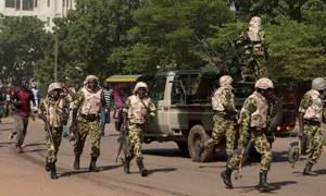Μπουρκίνα Φάσο: Οι πραξικοπηματίες άφησαν ελεύθερο τον μεταβατικό πρόεδρο