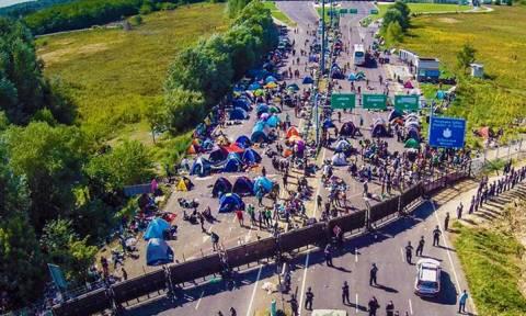 Χιλιάδες Σύριοι μετανάστες προχωρούν προς τα σύνορα Τουρκίας – Βουλγαρίας