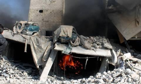 Επίθεση με 370 ρουκέτες και παγιδευμένα οχήματα στη Συρία
