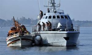 Ξύλινο σκάφος με 200 μετανάστες εντοπίστηκε στην Πύλο
