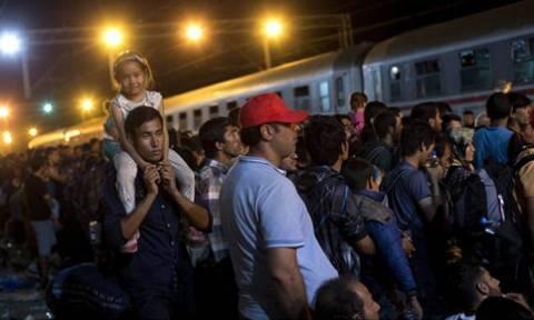 Κροατία: Άλλα δέκα λεωφορεία με πρόσφυγες έφθασαν στα σύνορα με την Ουγγαρία