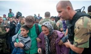 Σκόπια: Ο στρατός θα παραμείνει στα σύνορα μέχρι τον Ιούνιο του 2016