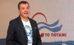 Αποτελέσματα εκλογών 2015 - Θεοδωράκης: Μην απέχεις, μην κάνεις πλάκα, ψήφισε