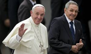Κούβα: Κοσμοπλημμύρα για τον Πάπα - Εκατοντάδες χιλιάδες στη λειτουργία (photos & videos)