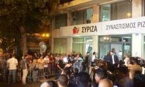 Εκλογές 2015: Η άφιξη του Αλέξη Τσίπρα στα γραφεία του ΣΥΡΙΖΑ (pics&vids)