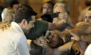 Αποτελέσματα εκλογών 2015: «Ο Τσίπρας πέτυχε το αδιανόητο – Υπέγραψε μνημόνιο και επανεξελέγη»