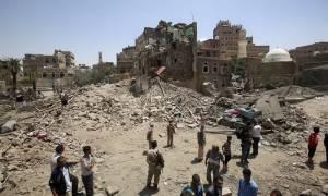 Υεμένη: Απελευθερώθηκαν τρεις δυτικοί όμηροι των Χούτι