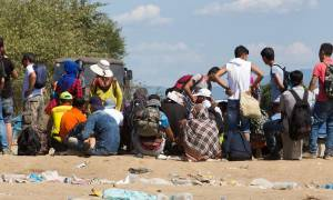 Υποχρεωτική κατανομή προσφύγων λένε Γαλλία και Γερμανία