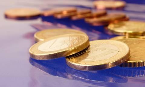 Οριακή ενίσχυση του ευρώ