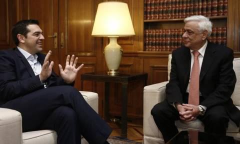 LIVE: Στον Πρόεδρο της Δημοκρατίας ο Αλέξης Τσίπρας