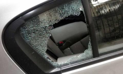Μαρούσι: Εξιχνιάσθηκαν 16 κλοπές από αυτοκίνητα - Συνελήφθη ο δράστης