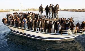 Οι μετανάστες θα απομακρυνθούν την Τρίτη από τα σύνορα Ελλάδας – Τουρκίας