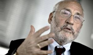 Στίγκλιτς: Το πρόβλημα της Ελλάδας απλώς μεταφέρθηκε στο μέλλον
