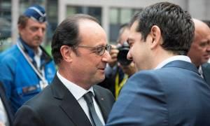 Suddeutsche Zeitung: Ο Ολάντ μπορεί να μάθει πολλά από την επανεκλογή του Τσίπρα