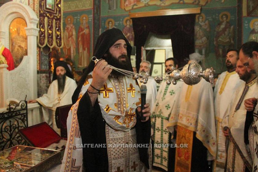 Υποδοχή Λειψάνων και Τιμίου Σταυρού στον Βύρωνα (pics)