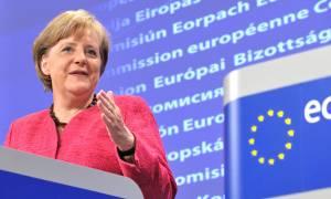 Μέρκελ: Η Ελλάδα δεν μπορεί να φυλάξει μόνη της τα εξωτερικά σύνορα της ΕΕ
