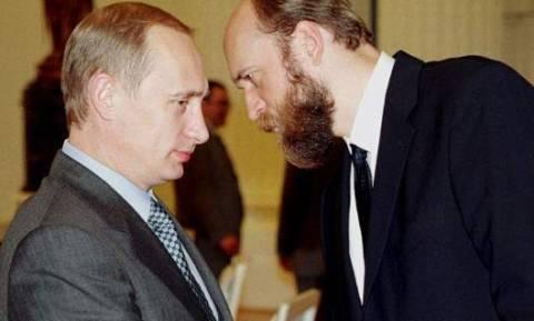 Γιατί ο «τραπεζίτης του Πούτιν» διεκδικεί 12 δισ. δολάρια από τη Ρωσία;