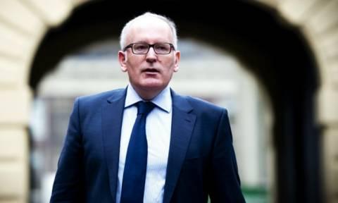 Τίμερμανς: Όλα τα κράτη μέλη θα σεβαστούν την απόφαση της συνόδου των ΥΠΕΣ