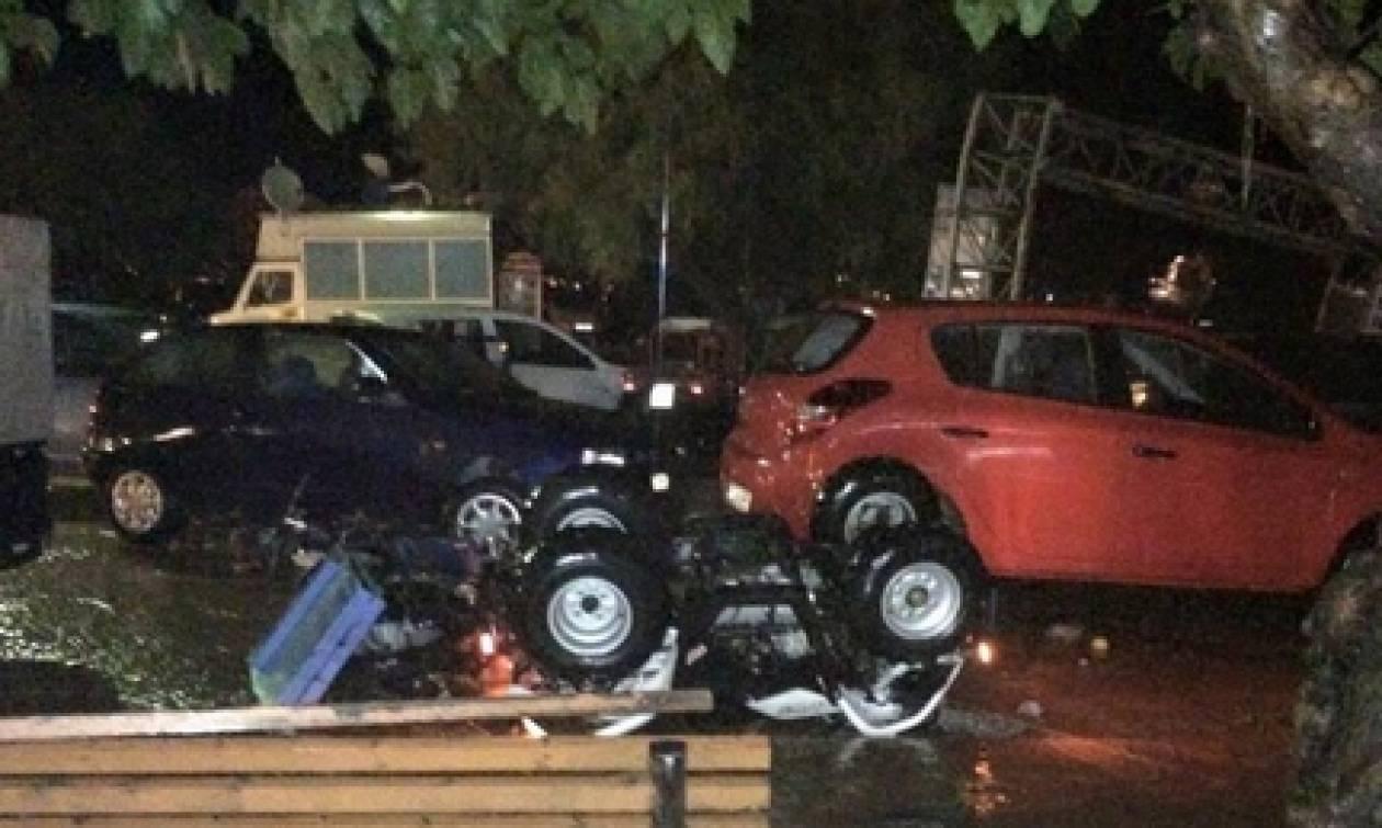 Κακοκαιρία: Καταστροφές σε Ρόδο, Σκόπελο και Χαλκιδική -Συνεχίζεται η κακοκαιρία (pics)