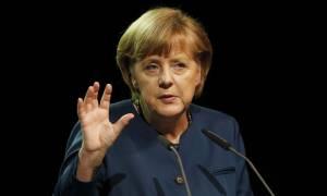 Σύνοδος Κορυφής – Μέρκελ: Λάθος της Ευρώπης αν δεν επιλύσει την προσφυγική κρίση