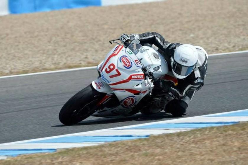 European Junior Cup Jerez: Ο Νίκος Καρακώστας ξεκίνησε 29ος και τερμάτισε 20ος στους 31 αναβάτες οι οποίοι ολοκλήρωσαν τον αγώνα