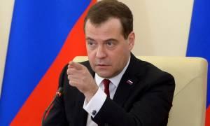 Μεντβέντεφ: Η Μόσχα θα συνεχίσει να επιδιώκει τη στρατηγική συνεργασία με την Ευρώπη