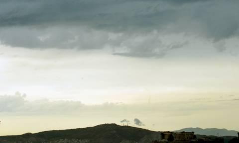Εξασθενούν τα ακραία καιρικά φαινόμενα – Δείτε που θα σημειωθούν καταιγίδες (pics)