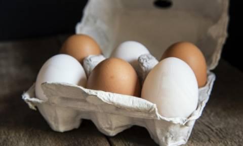 Σε τι διαφέρουν τα λευκά από τα καφέ αυγά;