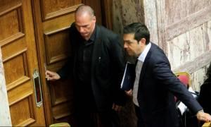 Βαρουφάκης: Με τον Τσίπρα λέγαμε ότι θα παραιτηθούμε αν μας ανάγκαζαν να πάρουμε νέο δάνειο