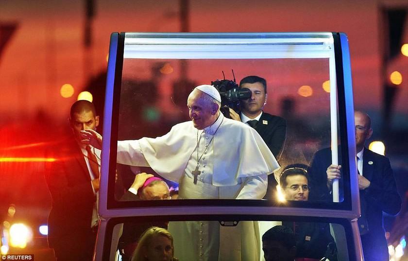 Η Αρίθα Φράνκλιν μάγεψε τον Πάπα Φραγκίσκο (video & photos)
