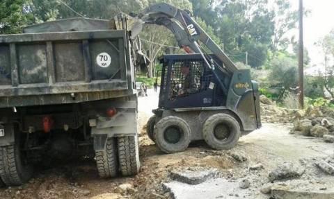 Κεφαλονιά: Προσωπικό και μηχανήματα του στρατού στο νησί για την αποκατάσταση των ζημιών