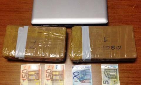 Γλυφάδα: Συνελήφθη διακινητής κοκαΐνης με 2 κιλά