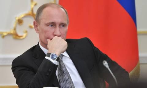 Πούτιν: Η Μόσχα δεν θα αναπτύξει χερσαίες δυνάμεις στη Συρία επί του παρόντος