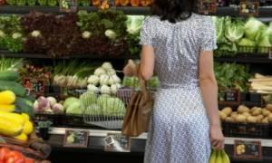 Επιπλέον μαχαίρι και στο φαγητό βάζουν οι Έλληνες