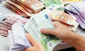 Μόνο με επιταγές οι πληρωμές άνω των 200 ευρώ στην Εφορία